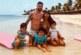 11-летний мальчик на пляже сыграл в футбол с Месси