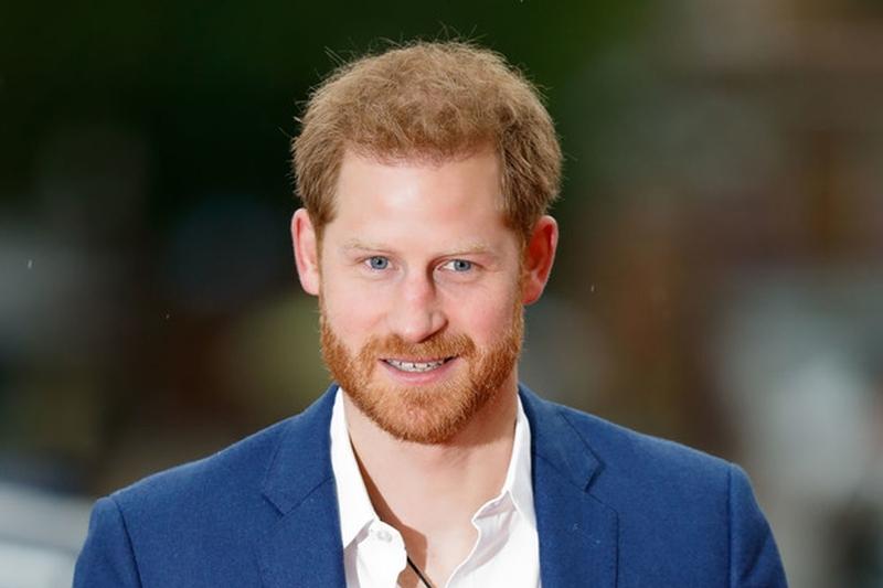 Принца Гарри приняли за продавца елок