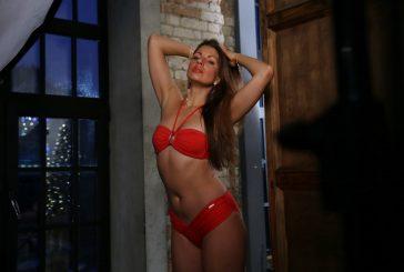 Топ модель Оксана Киселева снялась в купальнике